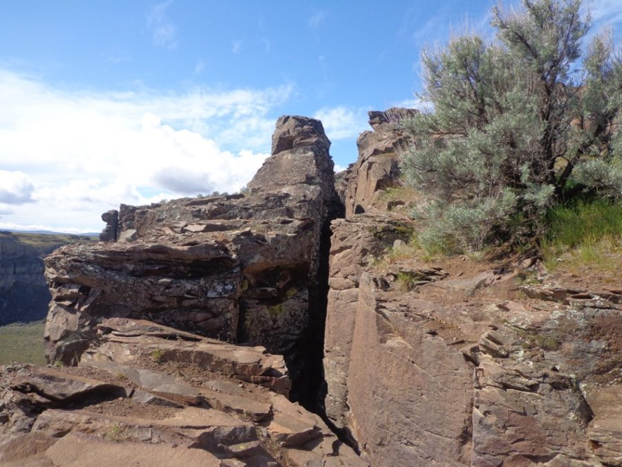 Ninth graders climb, hike and bond on rock trip